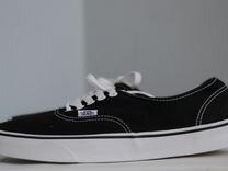 5ae0cda75e83 Фирменные чёрные кеды Vans Authentic. Оригинал