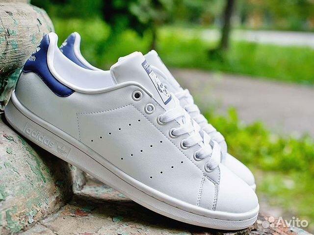 Кроссовки Adidas Stan Smith мужские белые синие купить в Москве на ... a4e992b7ed1