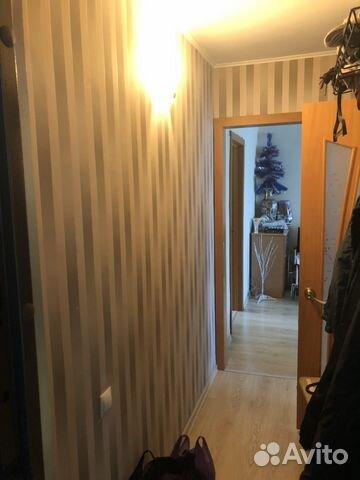Продается двухкомнатная квартира за 2 500 000 рублей. Красноярск, улица Калинина, 4.