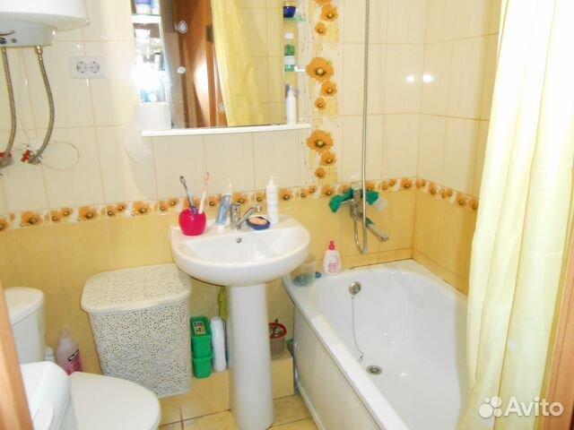 Продается двухкомнатная квартира за 1 100 000 рублей. деревня Большая Субботиха, городской округ Киров, Центральная улица, 18.