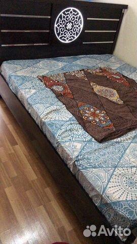 Säng utan madrass