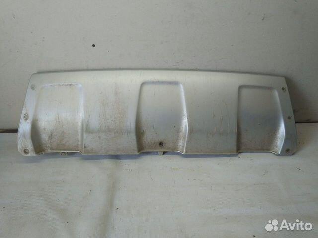89657347629  Накладка бампера (Renault Duster)