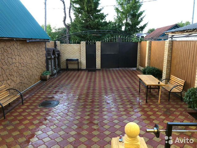 The cottage of 200 m2 on a plot of 3 cells. 89176292007 buy 7