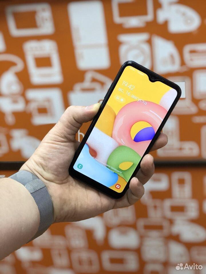 Телефон Samsung a01 идеальный